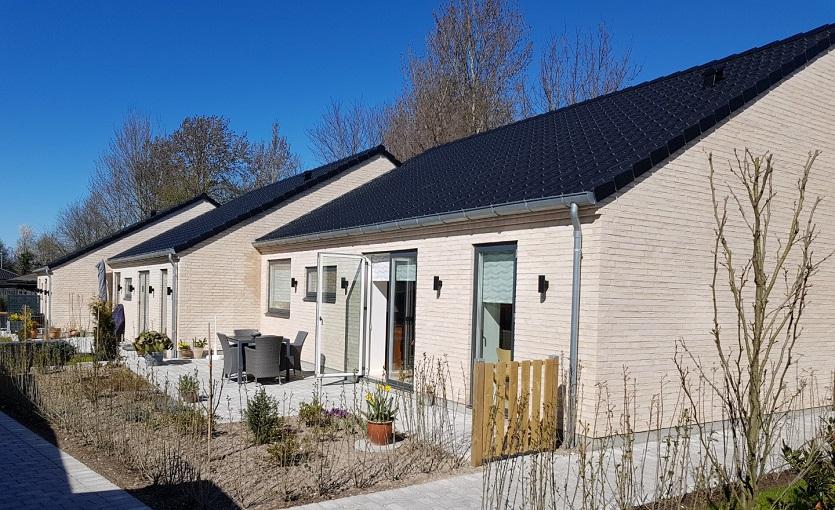 9 forskudte rækkehuse i Solrød
